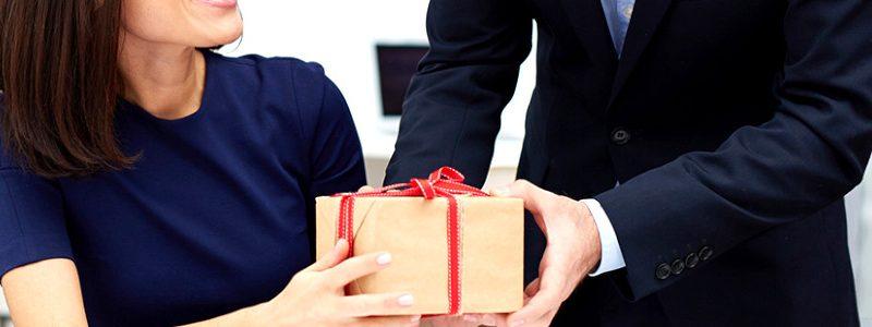 Céges ajándékcsomagok kolléganőknek